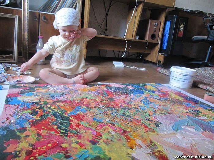 Эмилии тут год и семь даешь краску